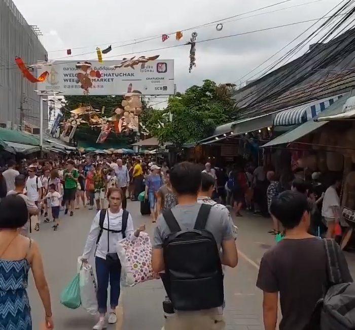 Thais in Market
