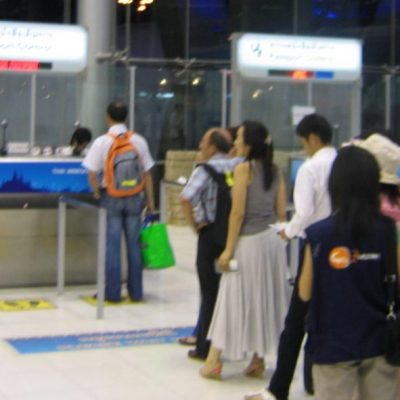 Phuket Immigration Tells One-Year Permit Holders to Apply for 30 Day Extension