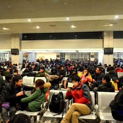 Phuket Immigration Advises Delay in Applying for One-Year Permit