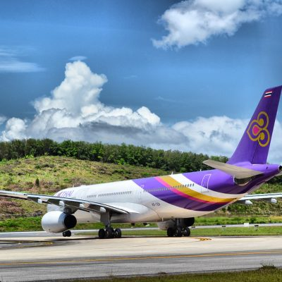 Phuket Officials Call for Cheaper Domestic Flights to Spur Tourism