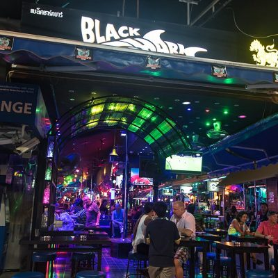 Pubs and Bars in Phuket Closed by Midnight Until Jan 20