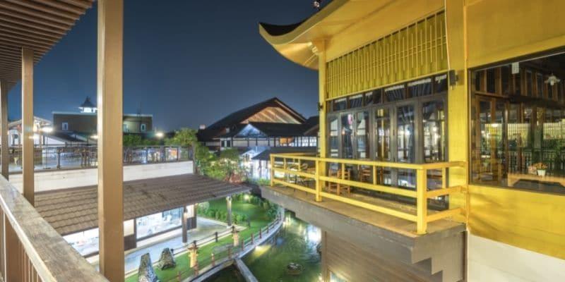 j-park shopping mall